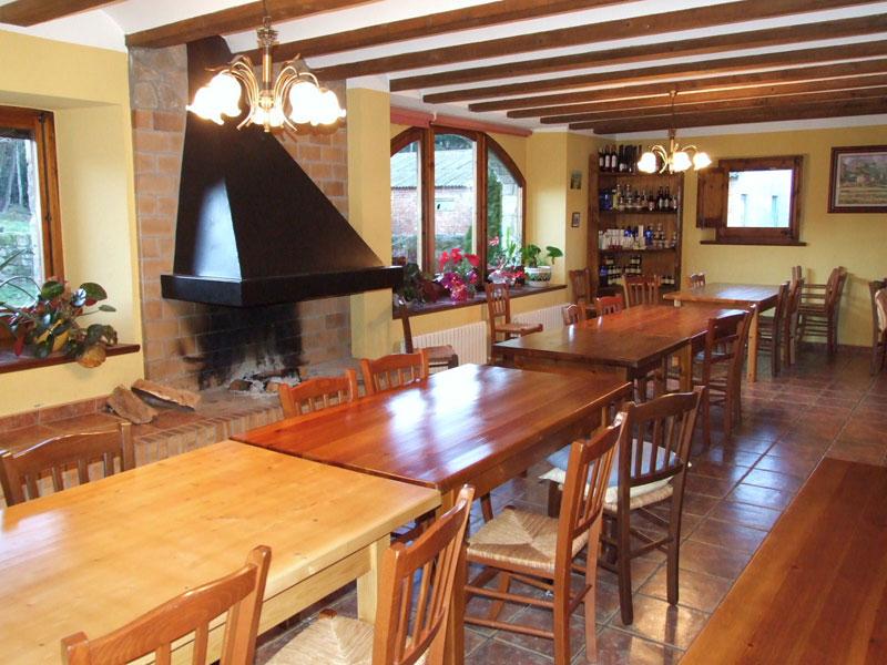 Casa-rural-El-Ferrés-a-la-Vall-den-Bas-4.jpg