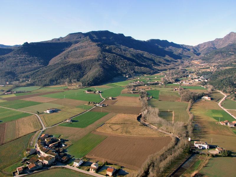 Casa-rural-El-Ferrés-a-la-Vall-den-Bas-6.jpg