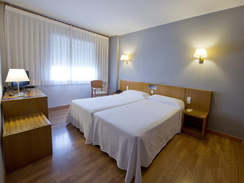 HOTEL-BORRELL-OLOT-3.jpg
