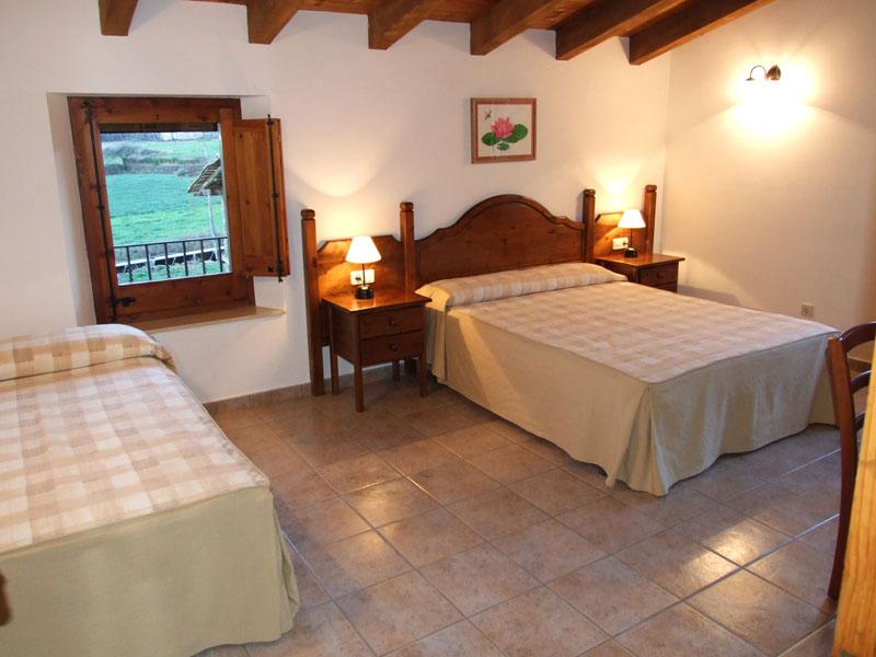 casa-rural-El-Ferrés-a-la-Vall-den-Bas-3.jpg